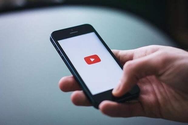 С 1 июня YouTube начнет интегрировать рекламу во все видео