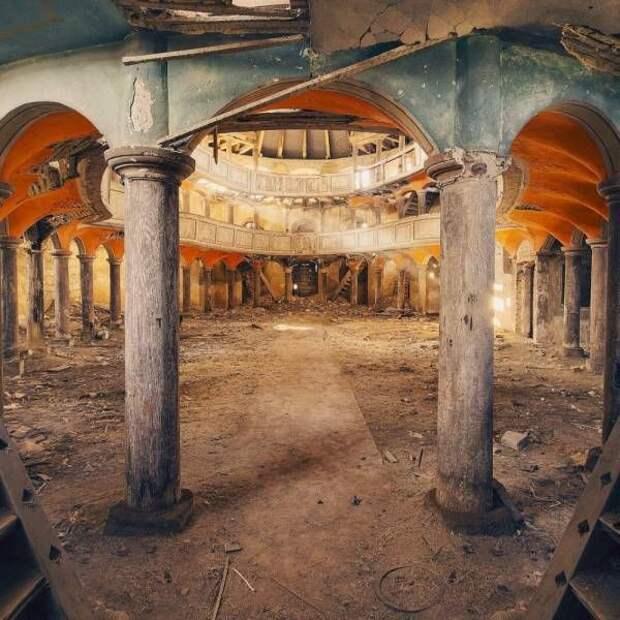 Красивые фото заброшенных мест (22 фото)