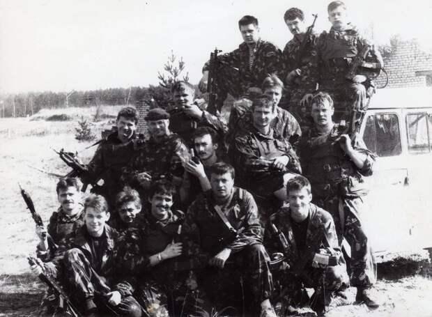 Рижский ОМОН на своей базе в августе 1991 года Личный архив сотрудников рижского ОМОНа