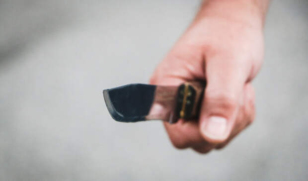 Петрозаводчанин сножом напал надевочку-подростка