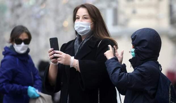 В Москве продлили дистанционный режим для школьников старших классов