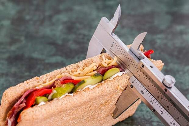 Диетолог рассказала, как снизить холестерин без лекарств