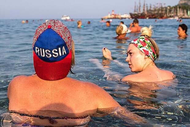 Не только поездки в Турцию. Что еще пытаются запретить российским женщинам в последние годы?