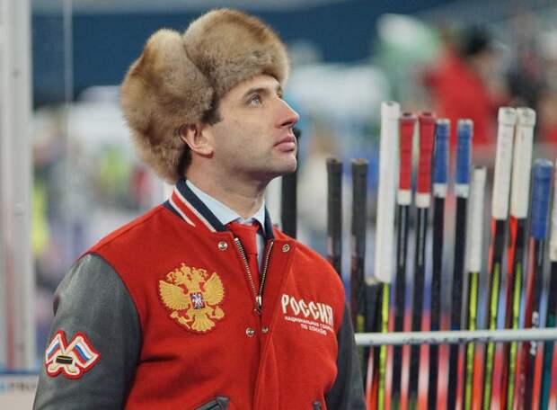 «Прилетели, долго разговаривали, есть два плана на Олимпиаду в Токио», - Ротенберг. А может, Роман, пора на Ночной хоккейной лиге сосредоточиться?