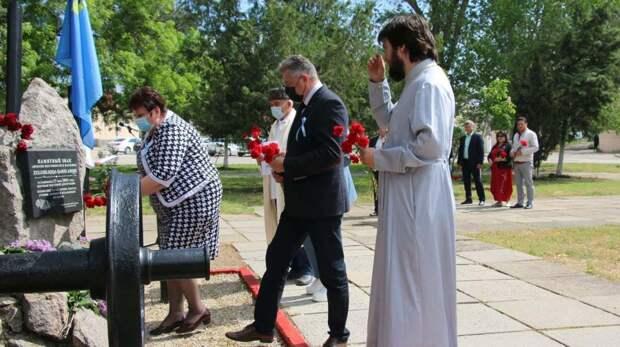 В Керчи почтили память депортированных в годы войны народов Крыма