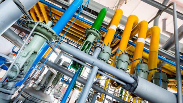 На26% сократилось производство автомобильного бензина вРФ
