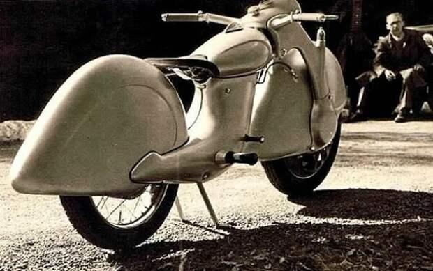Уникальный переднеприводный мотоцикл «Голубь мира»