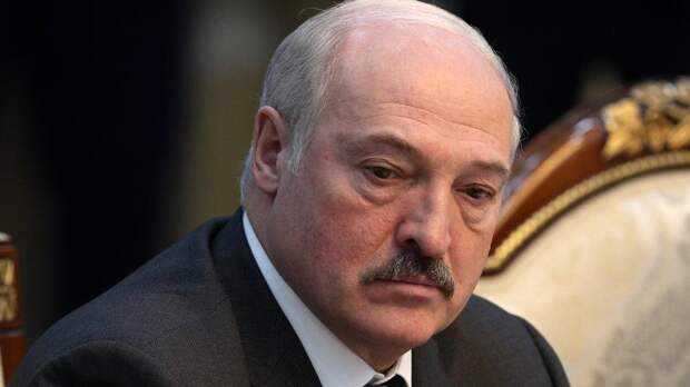 Лукашенко разрешил милиции применять оружие против протестующих