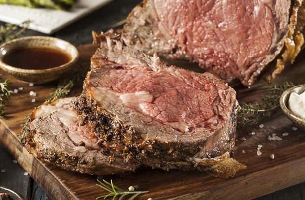 Запекание большого куска мяса: тонкости кулинаров