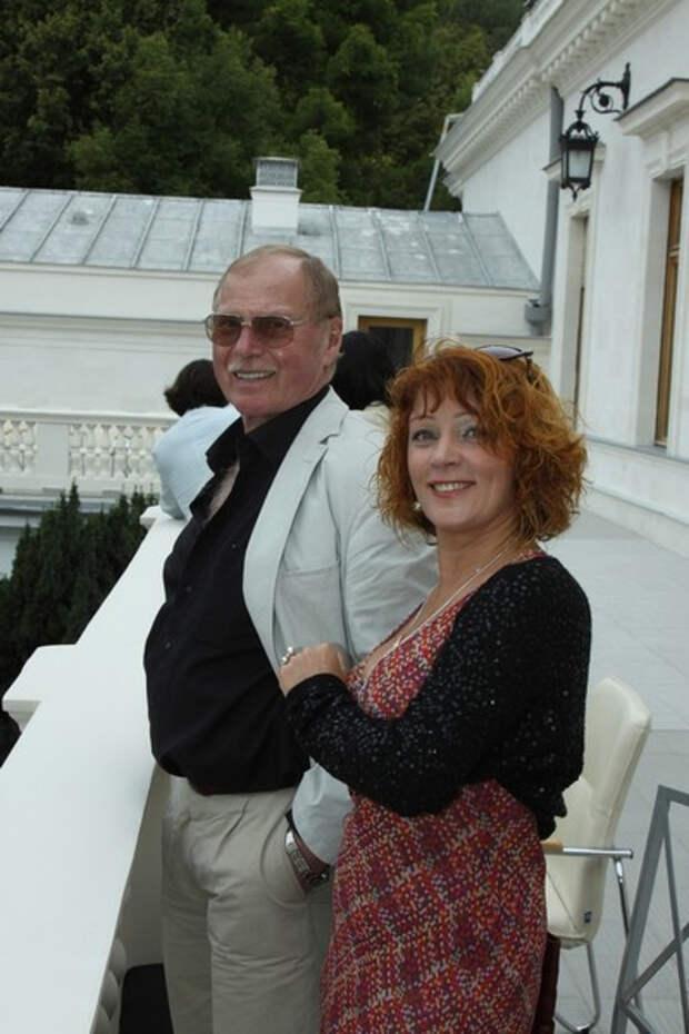 Жена звезды «Дальнобойщиков» Владимира Гостюхина: «Об ЭКО не думала, хотя никого не осуждаю»