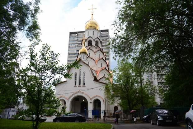Храм на Строгинском бульваре в День Всех Святых проведёт праздничные службы
