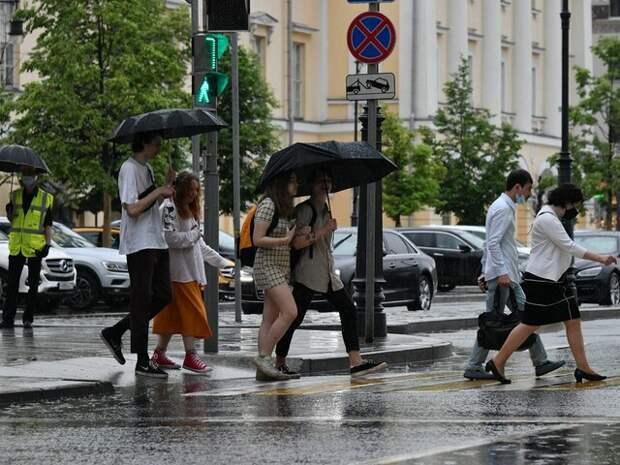 Жара в Москве сменится ливнями в среду