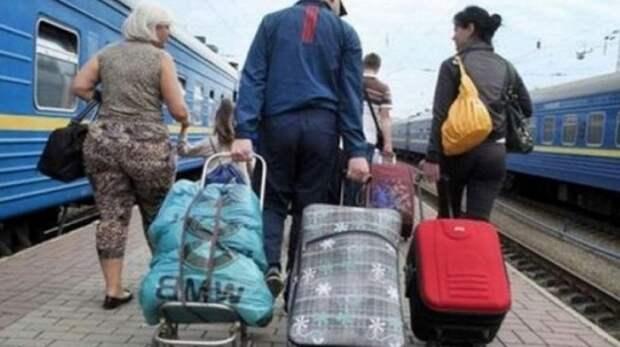 Украинцы готовы бежать из страны в случае войны
