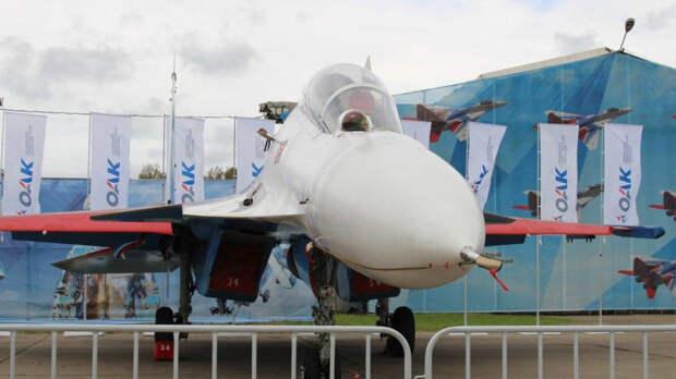 В Крыму два летчика катапультировались из стоящего на земле истребителя Су-30