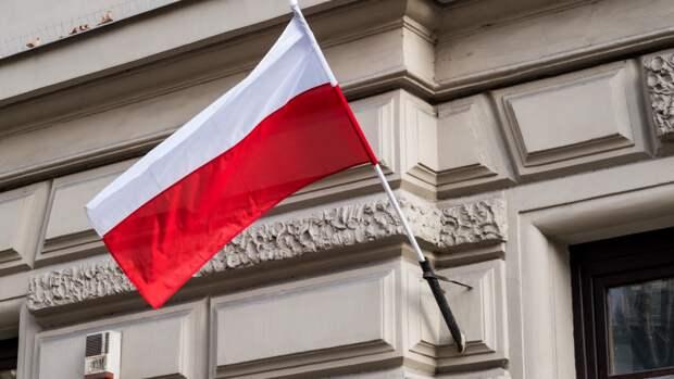 «Паралич» властей из-за страха перед Россией вызвал панику у поляков