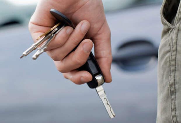 Опрос ЗР: нужно ли отбирать права за повторное «опасное вождение»?