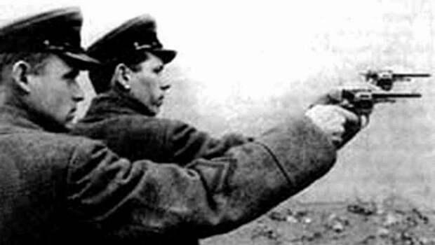Почему поколение 90-х поверило в байки русофобов про «сталинские репрессии»