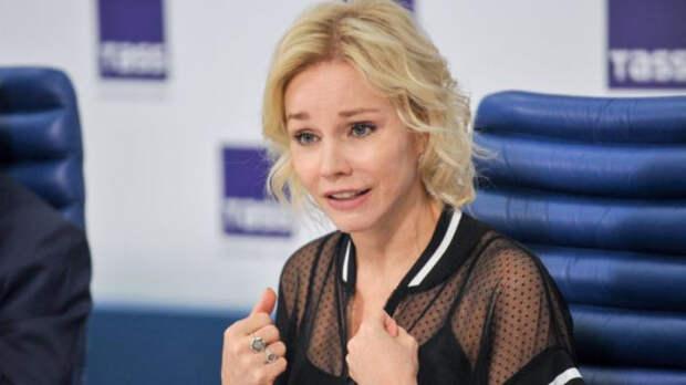 Вдова Олега Табакова призналась в безумной любви к Безрукову