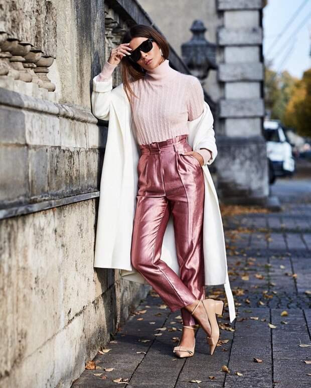 10 сногсшибательных образов 2021 с розовым джемпером для настоящих модниц