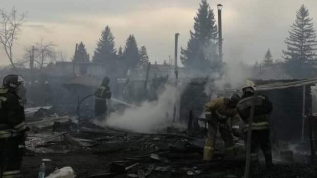Пожарные нашли на месте пожара в Мытищах пятое тело