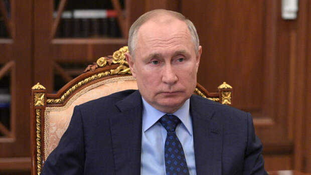 Французы поддержали решение Путина о внесении США и Чехии в список недружественных стран