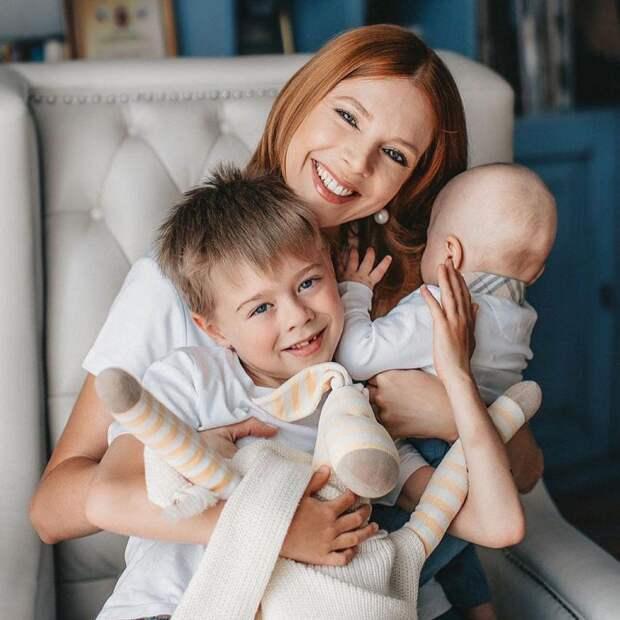 Увидела и заплакала! Наталья Подольская поделилась кадрами милой семейной фотосессии