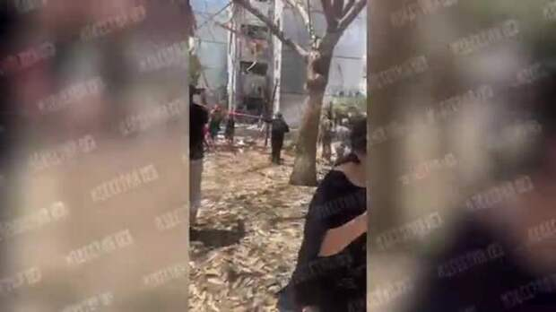 При попадании ракеты в дом в израильском Ашдоде пострадали 8 человек