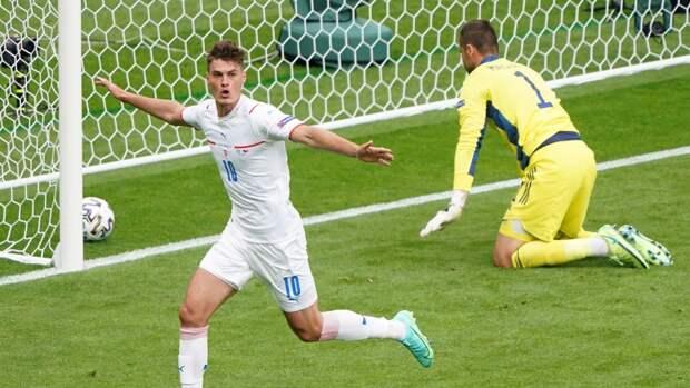 Аршавин назвал гол чешского форварда Шика лучшим на Евро