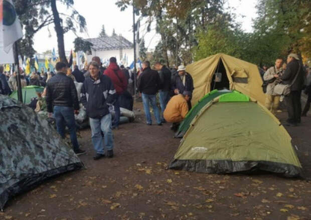 На Украине появились методички с основными тезисами для организаторов майдана-3