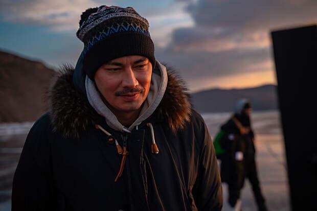 «Это окно в неведомый мне мир»: Жора Крыжовников объяснил, зачем он смотрит «Бесогон ТВ»