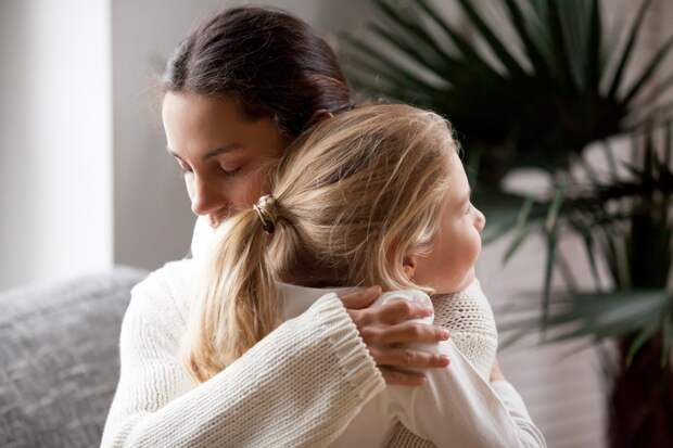 Кукушки: три женщины честно признались, почему отказались от опеки над своими детьми