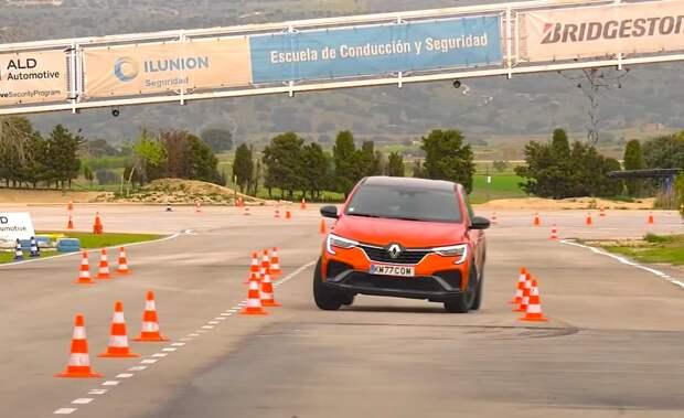 Кроссовер Renault Arkana прошел «лосиный тест» на отлично