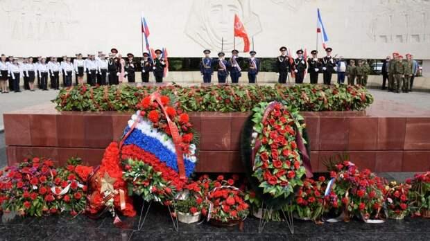 В Ялте состоялось торжественное закрытие патриотической акции «Вахта Памяти поколений – Пост №1»