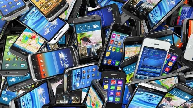 В 2020 году стремительно возрос спрос на подержанные смартфоны