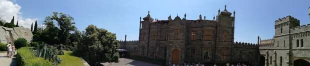 Амурные истории Воронцовского дворца в Алупке
