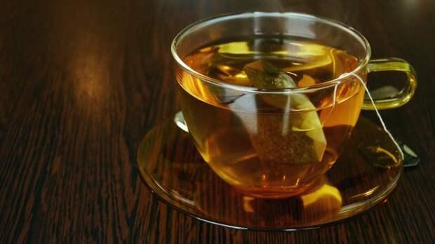 Гастроэнтеролог Бережная заявила об опасности сочетания чая и ряда продуктов