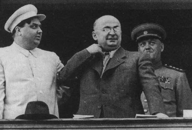 Каких соратников Берии казнили вместе с последним главой НКВД