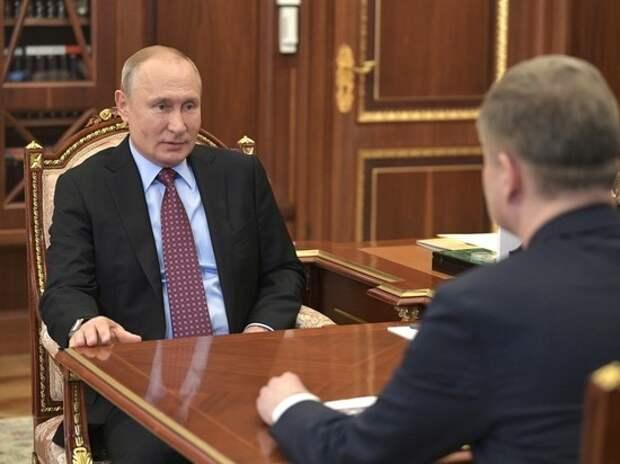 Путин знаково вернулся в Кремль
