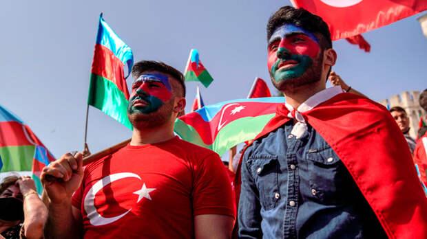 Автодебош с национальным уклоном: Турки испытывают терпение русских