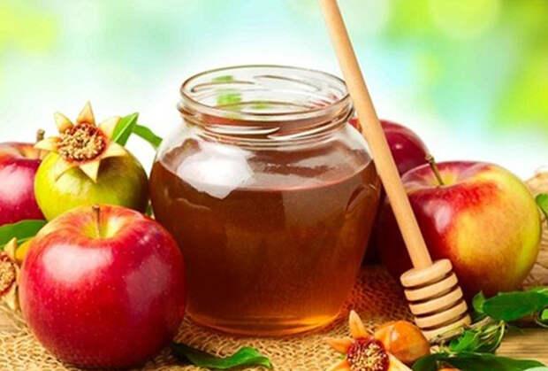 Спасы в августе - медовый, яблочный, ореховый