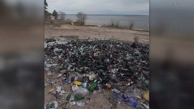 Крупнейшее водохранилище Пензенской области превратилось в мусорную свалку
