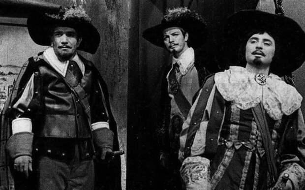 Вениамин Смехов в фильме-спектакле *Двадцать лет спустя*, 1971   Фото: kino-teatr.ru