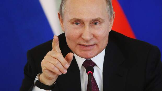 Стало известно, сколько Путин заработал за 2020 год. Показываем, как менялась зарплата президента России с 2012-го