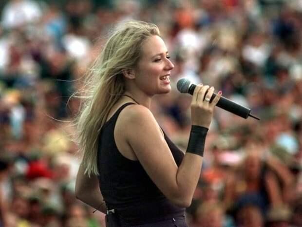 Певица Джуэл 90-е, Вспомним, Фестиваль, вудсток, музыка, рок, трэш, фото