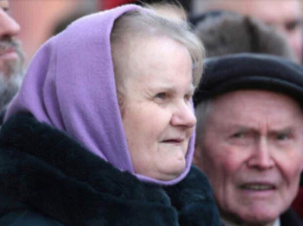 Стало известно о сокращении пенсий россиян