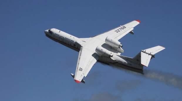 Новый самолёт Бе-200ЧС совершил первый полёт