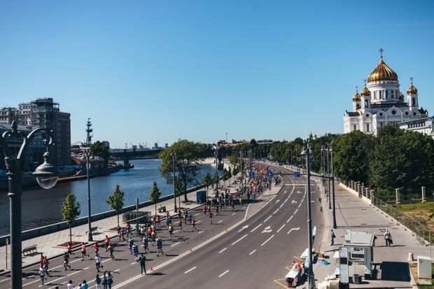 В этом году участникам были доступны три дистанции на выбор — 21,1 км, 10 км и 5 км.