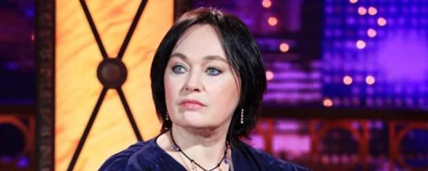 Лариса Гузеева показала фанатам дом в Петербурге, в котором прожила много лет