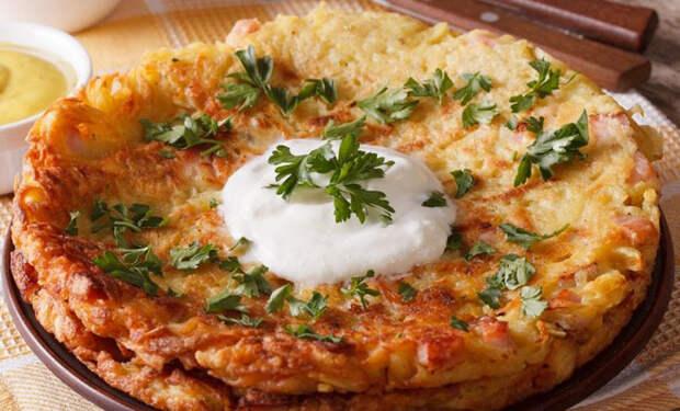 Завтрак для лентяев: трем сыр и картошку на терке