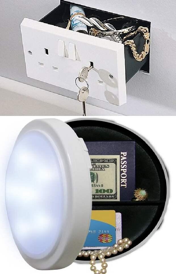 Добраться к светильнику на потолке вору не так просто.